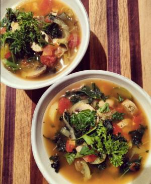 Kale Bean + Veggie Soup. Recipe is comingggg.